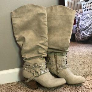 Heeled boots!